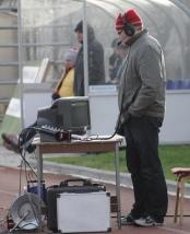 Ott Järvela jäises Narvas. Ometi saab Eesti liigas tema arvates rohkem nalja kui Inglismaal. Foto: Siim Semiskar/ERR Sport