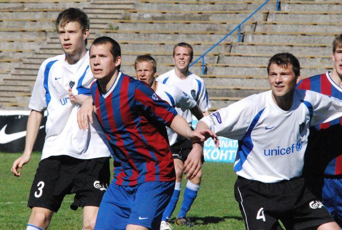 287854e6b74 Tabeli alumistest meeskondadest lähevad sel nädalavahetusel vastamisi  viimasel kohal paiknev Tallinna Kalev ja parim amatöör Paide linnameeskond.