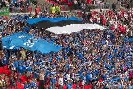 Eesti lippu hoiavad kõrgel ligikaudu 1000 poolehoidjat. Foto: Siim Pulst (arhiiv)