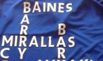 Evertoni fänn hoidis ühes käes last ja teisega lajatas Lyoni mängijate suunas