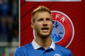 Aasta meesjalgpallur on Ragnar Klavan