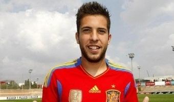 Kas mäletate, kui Jordi Alba takerdus kummituse jalgadesse?