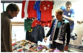 Jalgpalliturg ootab kauplejaid klubijalgpalli pidupäevale