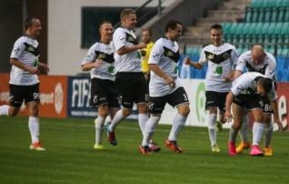 II liigas on poole hooaja järel liidrid Merkuur ja Nõmme United