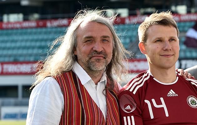 Aivar Pohlak (vasakul) rääkis Eesti koondise hetkeseisust. Foto: Imre Pühvel