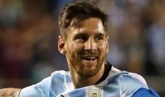 Messi kätleb endast paremaga mängijaga