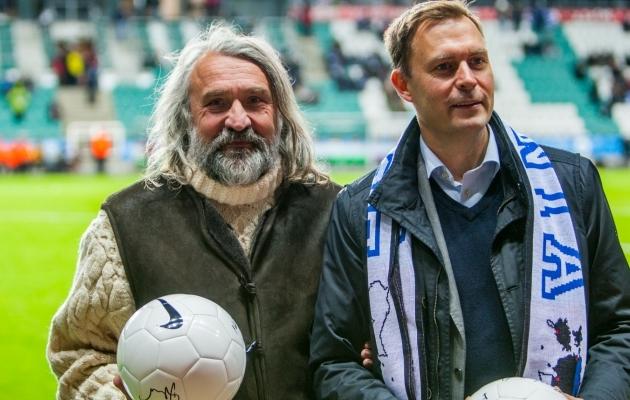 Aivar Pohlak (vasakul) Eesti ja Kreeka mängu eel. Foto: Gertrud Alatare