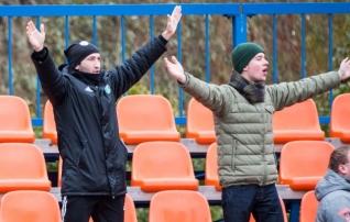 Fotod: Gatagov oli fännisektoris aktiivne