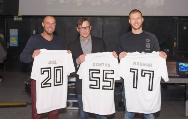 Vasakult Joel Lindpere, Dzintar Klavan ja Ragnar Klavan. Foto: Kalevi Facebook