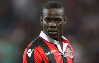 Balotelli on taas klubiotsinguil