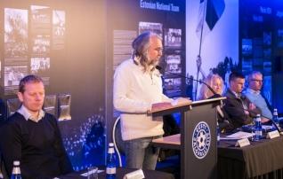 Galerii: Eesti Jalgpalli Liidu presidendina jätkab järgmisel neljal aastal Aivar Pohlak <i>(juhatuses kolm uut liiget!)</i>