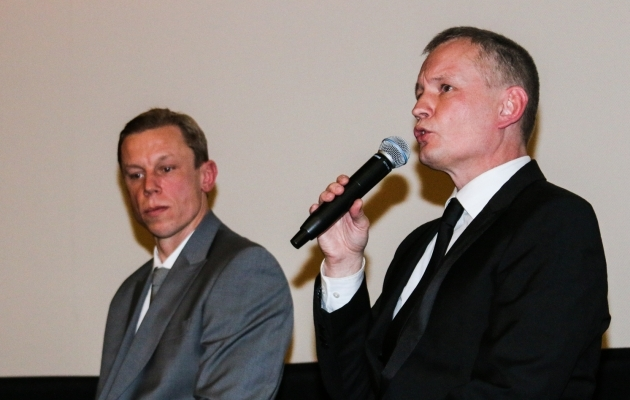 Indrek Schwede (paremal) koos Mart Poomiga, kellest üheskoos raamat kirjutati. Foto: Jana Pipar