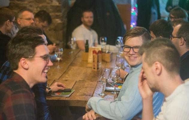 EJAK-i liikmed ühise laua taga. Foto: Brit Maria Tael