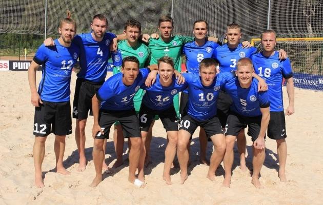 Eesti rannakoonds eelmisel aastal Hispaanias laagris. Foto: Beach Soccer Estonia Facebook