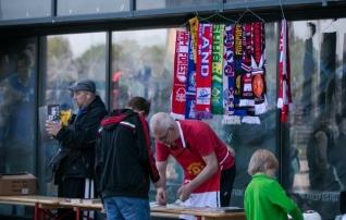 Jalgpalliturg otsib kauplejaid