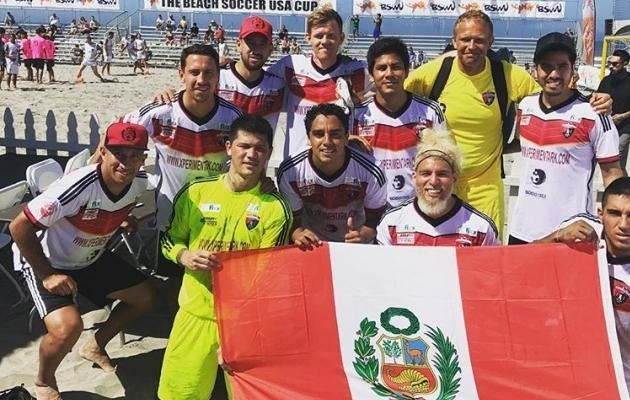 Punta Hermosa alagrupiturniiri esimest võitu tähistamas. Foto: Kevin Sooaluste Instagrami konto