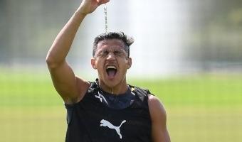 Alexise üleminek Unitedisse jäi seljaprobleemi tõttu katki?