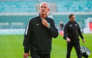 Jalgpallikoondise uue peatreeneri osas tehakse panuseid Arno Pijpersile ja Norbert Hurdale