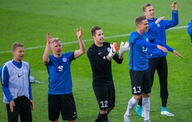Ats Purje (number 9) lõi Soomes Marko Meeritsale (number 12) värava.