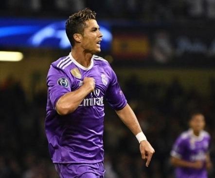 Ronaldo jõudis suure tähiseni Messist kiiremini