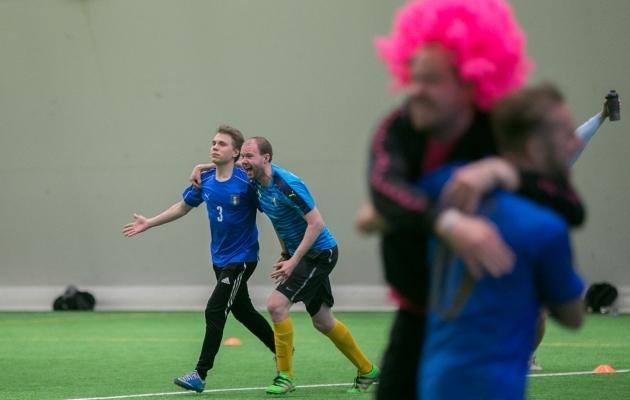 Soccernet.ee sõbrad heitlesid laupäeval omavahel palliplatsil. Foto: Brit Maria Tael