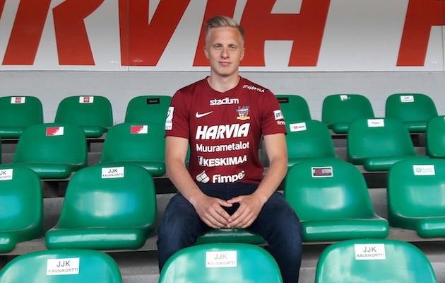 Hindrek Ojamaa kandis viimasel poolaastal JJK särki. Foto: JJK Twitter