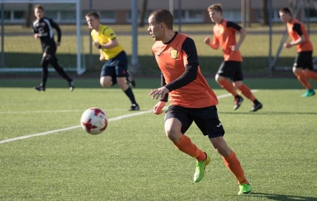 Narva United mängis sel kevadel Evald Tipneri karikasarja poolfinaalis. Foto: Oliver Tsupsman