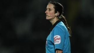 Pärnusse tuleb vilistama Inglismaal jalgpalliajalugu teinud kohtunik