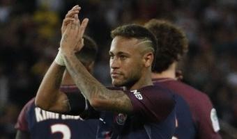 Isegi Pariisis mängides jääb Neymar Messi varju