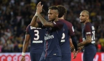 Neymar võttis tõukamisega endale varajase ärasaatmise