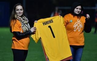 Sepa jalgpallikeskuses toimub jalgpallisärkide oksjon