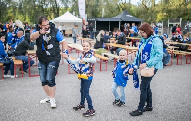 Tänavuse viimase kodumängu eel on staadioni juures taas festivaliala. Foto: Brit Maria Tael