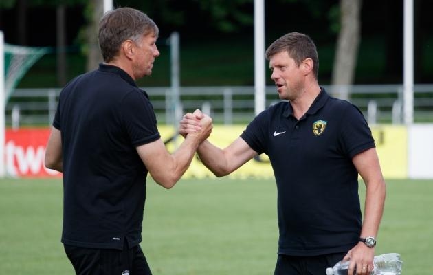 22. oktoober - Vapruse peatreener Marko Lelov teatas, et paneb hooaja lõpus ameti maha. Töökohata jäi ka Igor Prins (vasakul). Foto: Oliver Tsupsman