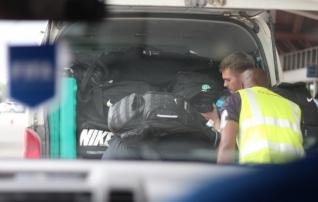 Galerii: Eesti koondis jõudis Vanuatule, kuid mitusada kilo varustust jäi Fidžile <i>(mäng saab peetud!)</i>