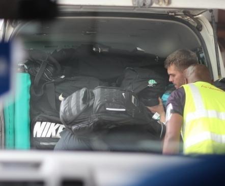 Galerii: Eesti koondis jõudis Vanuatule, kuid mitusada kilo varustust jäi Fidžile  (mäng saab peetud!)