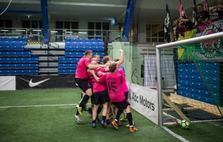 Turniiri suurimad väravakütid otsustasid fänniturniiri võitja: Romario vedas Roosad Pantrid penaltiseerias triumfini  (galerii!)