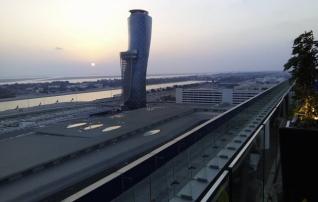 Fotod: vaata, millises Abu Dhabi hotellis Eesti koondis viibib