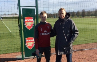 Poomi jälgedes! U17 koondise väravavaht liitus Arsenaliga