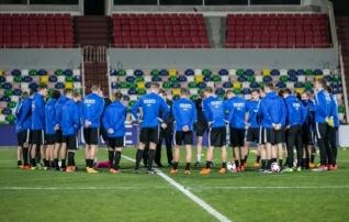 Eesti liikus tagasi 5-4-1 formatsioonile, Armeeniaga võrreldes tegi Reim kuus vahetust