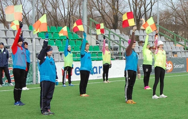 ea78bedd582 Uuel nädalal alustab naiskohtunike kool - Soccernet.ee - Jalgpall luubi all!