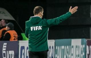 Skandaal neljandas liigas: punase teeninud mängija lõi kohtunikku rusikaga näkku