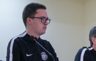 Jalgpalliliit: kohtuniku seisund on hea, kuigi nägu on veidi paistes