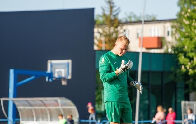 Penaltilöömise Eesti meistri Läänemaa väravavaht Hendrik Siht. Foto: Oliver Tsupsman