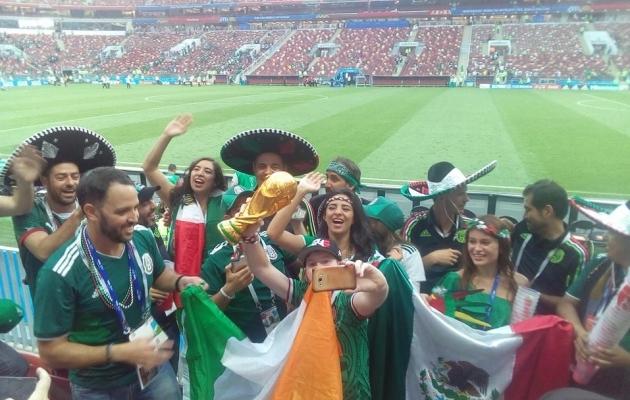 Kogu staadion oli tühi, aga Mehhiko fännid ikka juubeldasid. Punti võeti nii maailmameistrikarikas kui ka iirlased! Foto: Rasmus Voolaid
