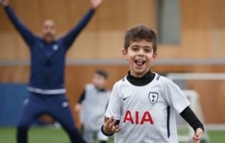 Tottenham tuleb rohujuureprogrammidega Tallinnasse