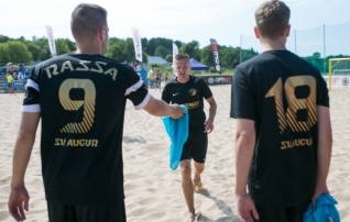 Augur Enemat kasvatas Pärnu rannas edu