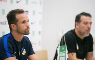 Maruvihane APOEL-i treener: minul on ainult üks nägu, kui kellelgi on kaks nägu, ei saa ta APOEL-is mängida