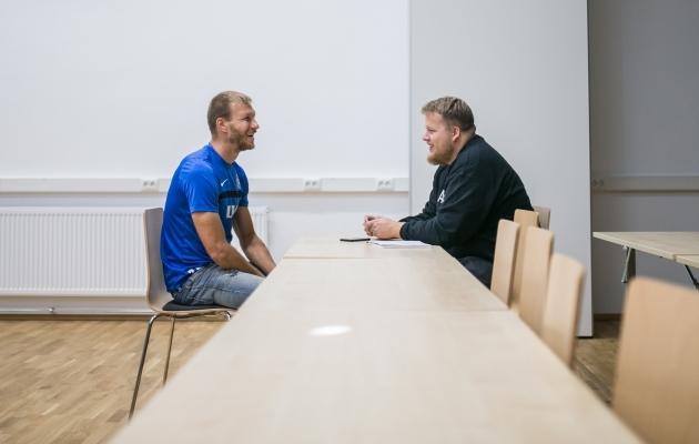 Klavan oli intervjuu ajal heas tujus. Foto: Brit Maria Tael