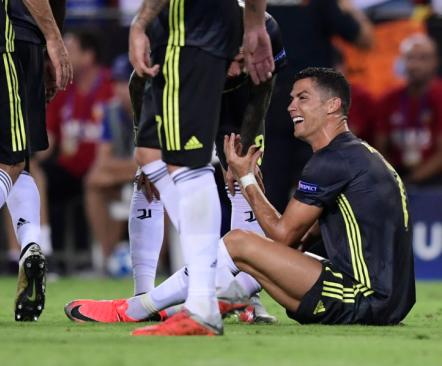 Ronaldo euroseiklus Juventuses algas vastuolulise punasega  (video!)