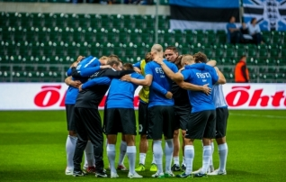 Eesti koondis langes FIFA edetabelis  (tabeli tipus esmakordselt korraga kaks riiki!)